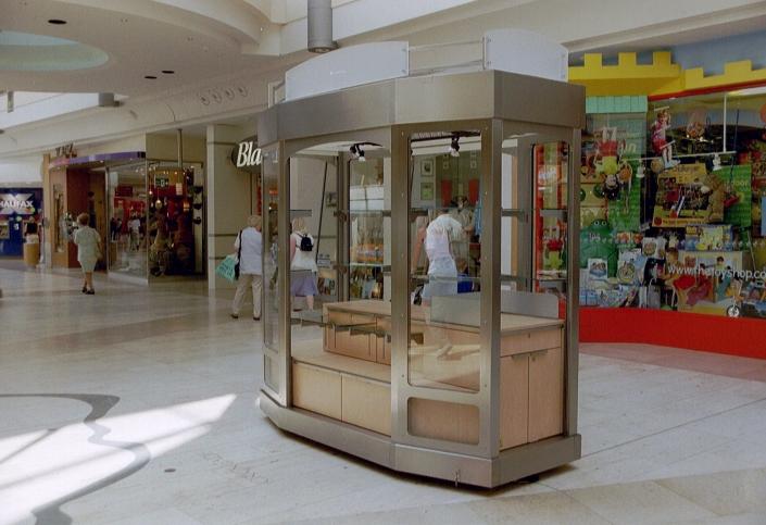 Verkaufsstand Kiosk für eine shopping mall in GB